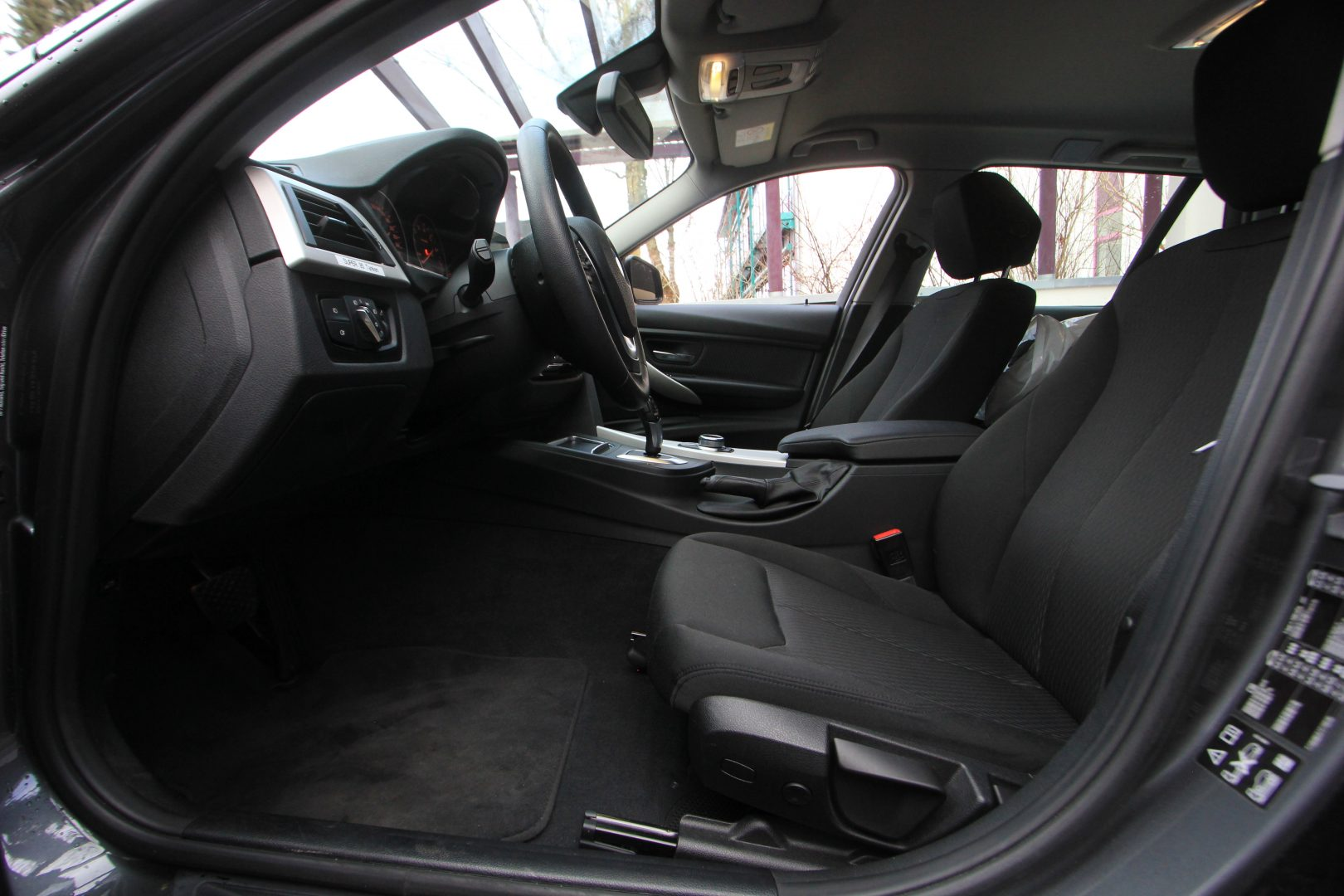 AIL BMW 320i xDrive Advantage 5