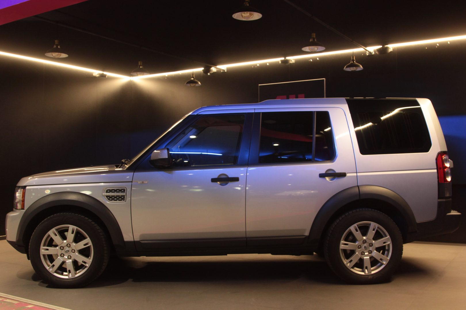 AIL Land Rover Discovery 4 TDV6 4