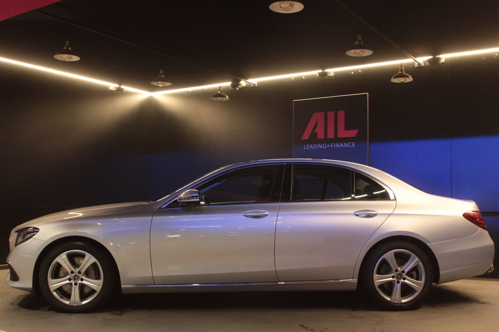 AIL Mercedes-Benz E 350 d 4Matic 10