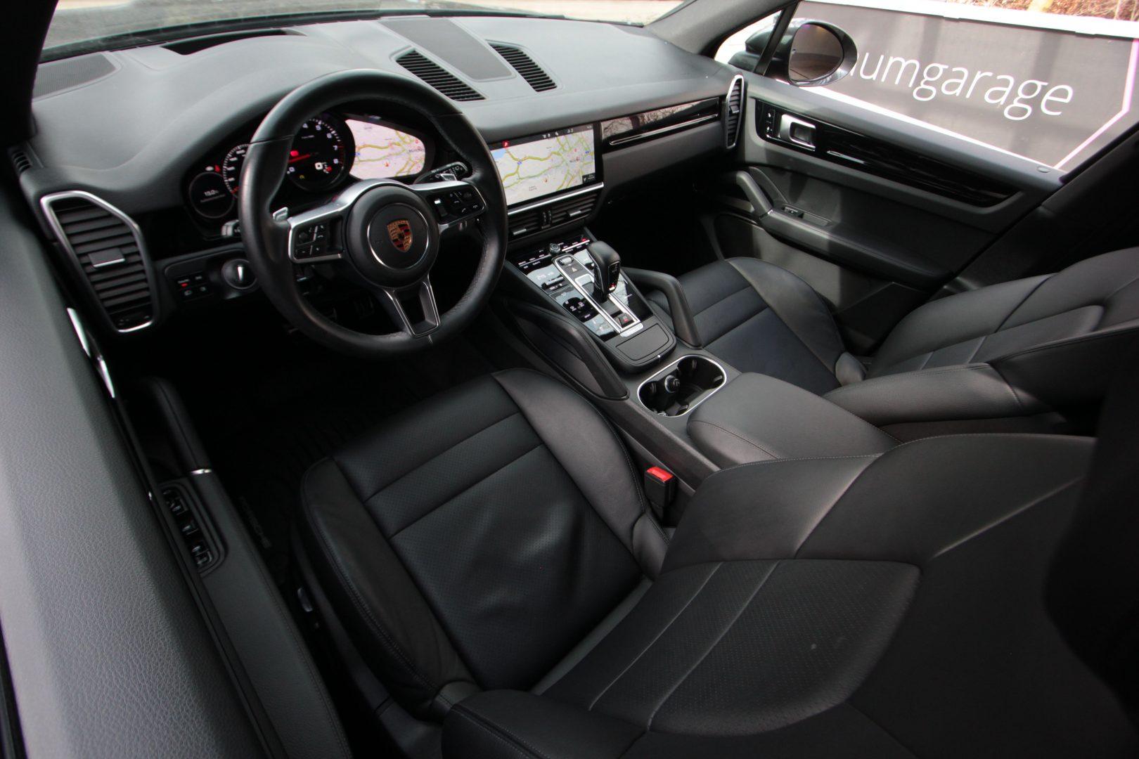 AIL Porsche Cayenne S Matrix LED  1