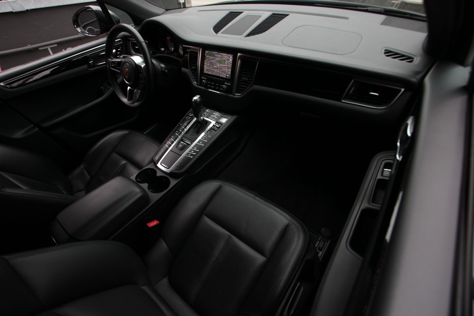 AIL Porsche Macan S Diesel 2