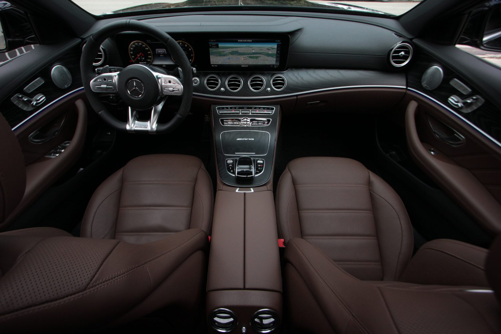 AIL Mercedes-Benz  E 63 AMG S 4Matic 15