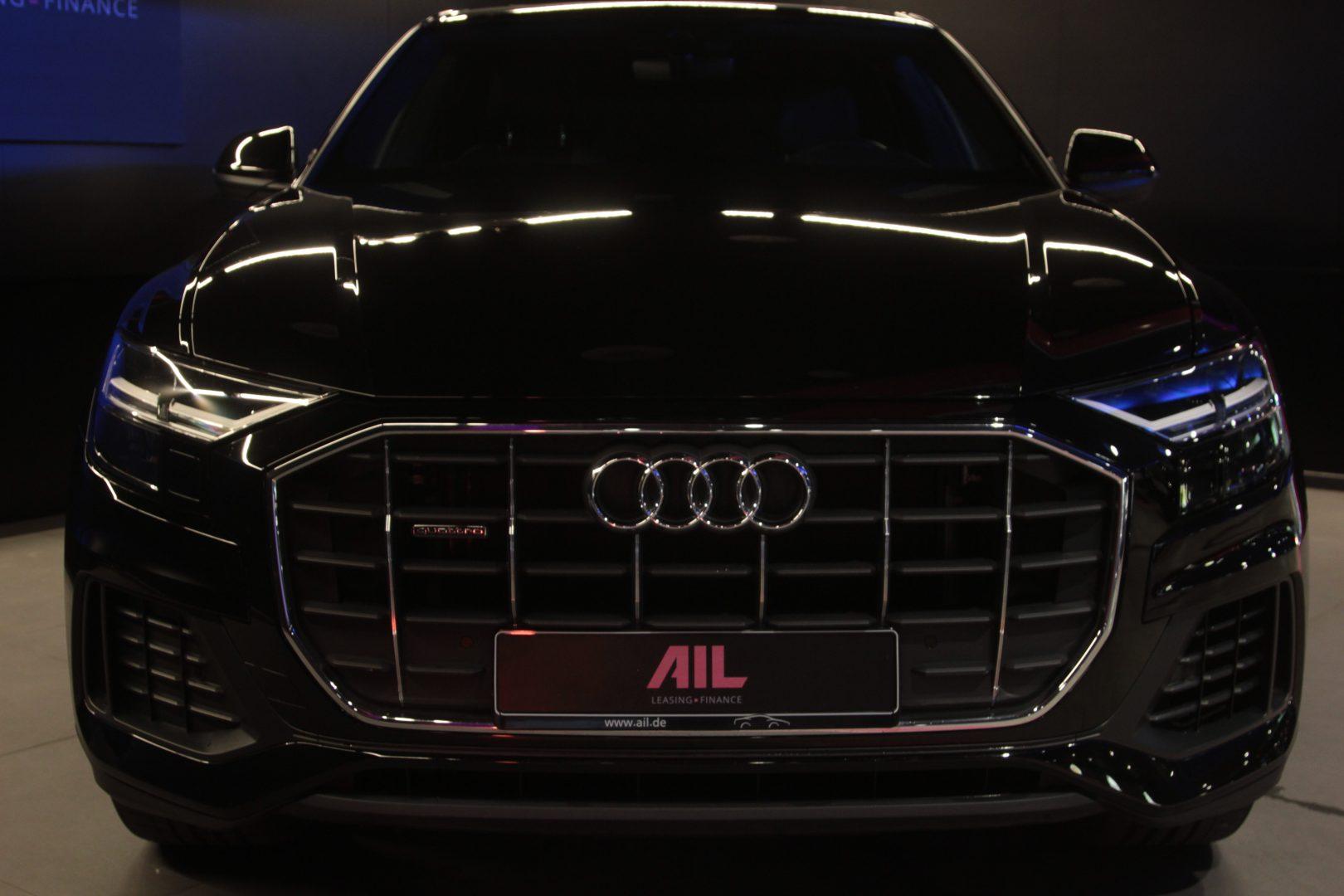 AIL Audi Q8 50TDI  S-Line  Panorama  4