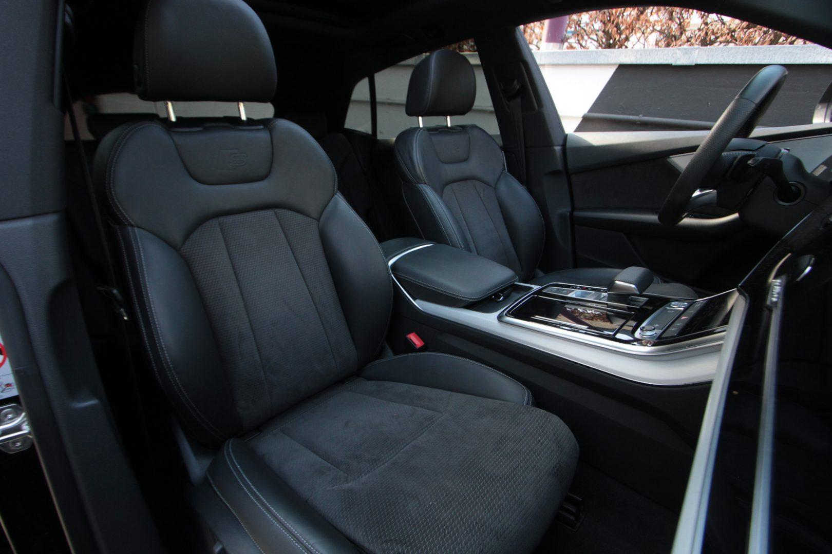 AIL Audi Q8 50TDI  S-Line  Panorama  13