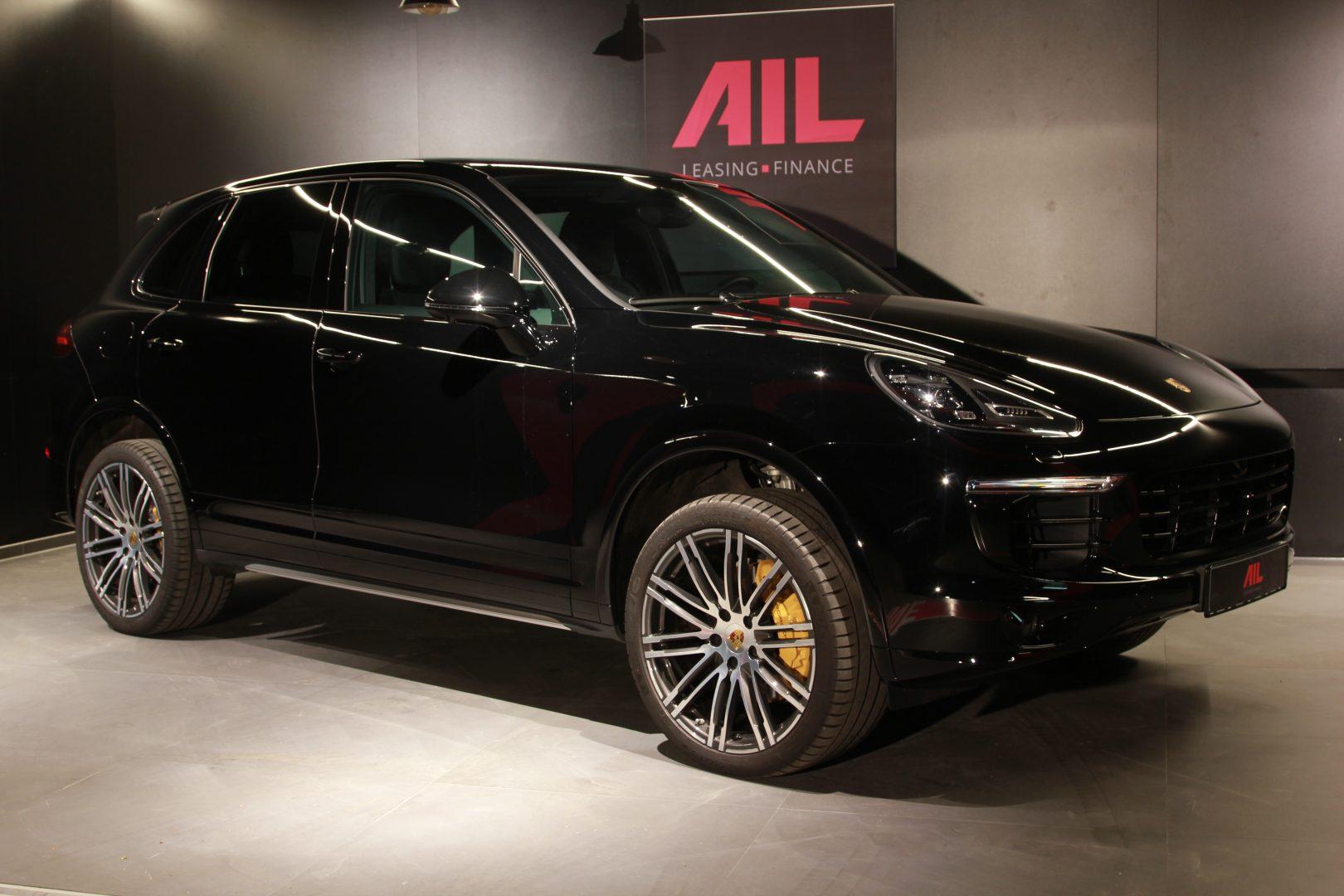AIL Porsche Cayenne S Burmester High-End Surround 8