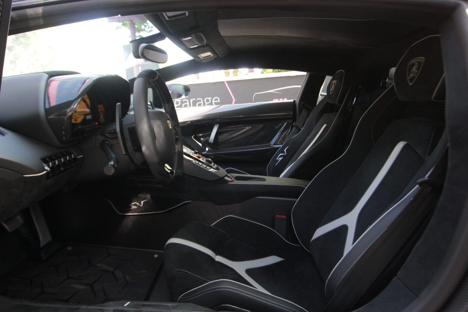 AIL Lamborghini Aventador LP750-4 SV Superveloce  12