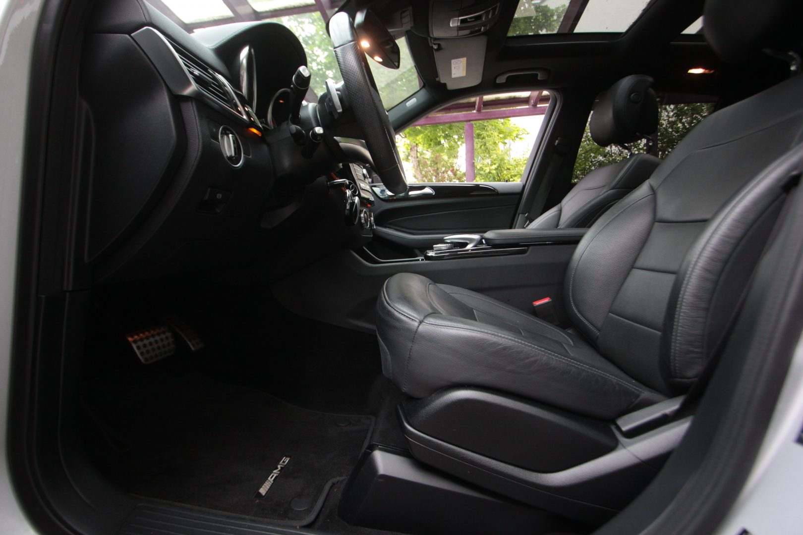 AIL Mercedes-Benz GLE 450 AMG 4Matic 12