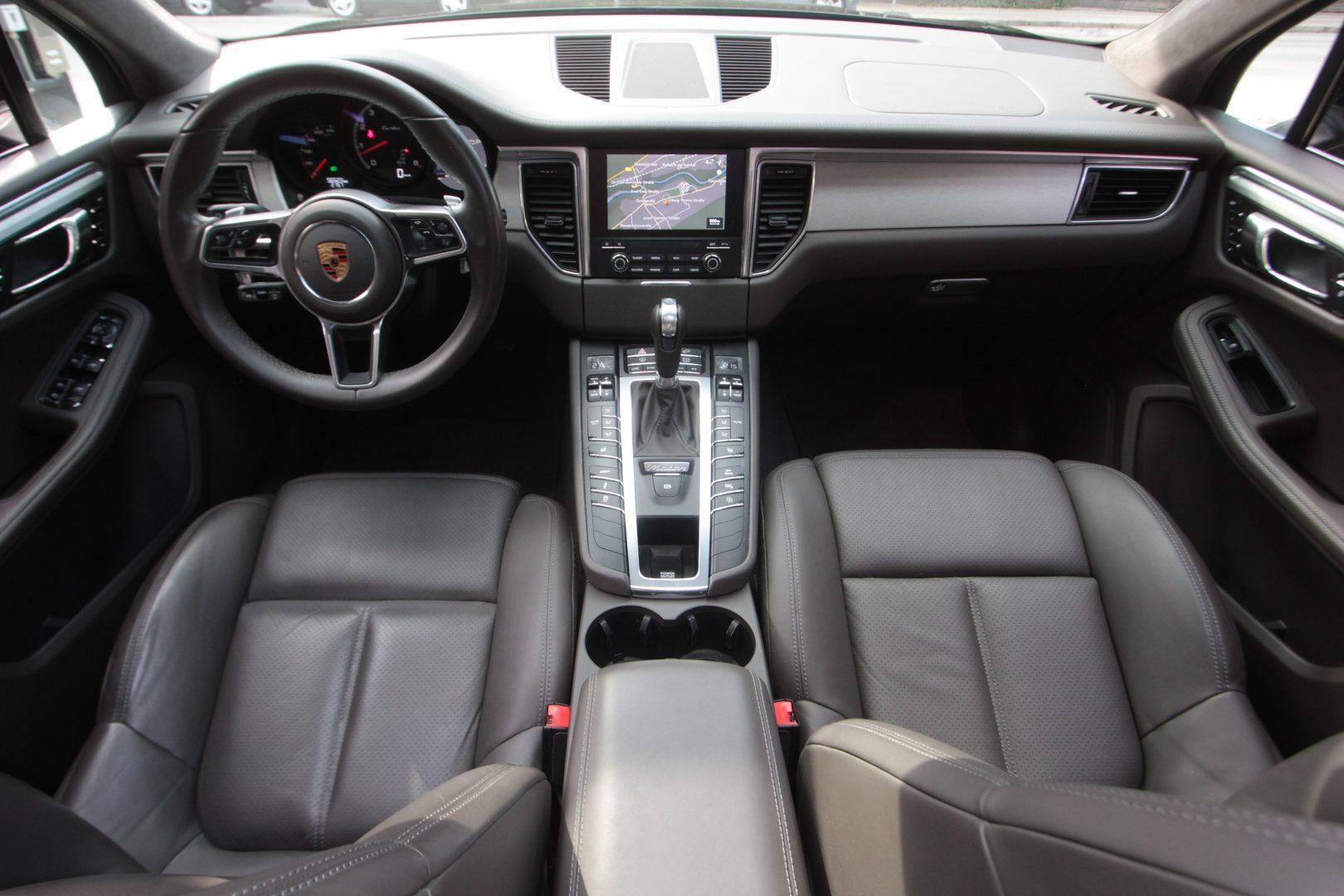 AIL Porsche Macan Turbo 1