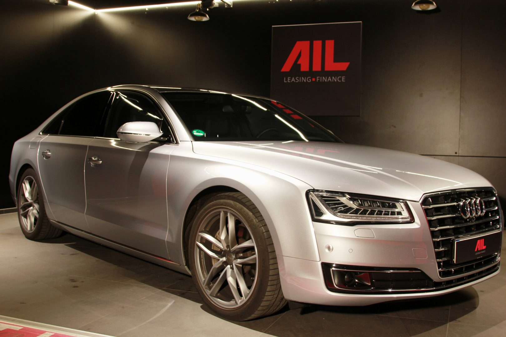 AIL Audi A8 3.0 TDI DAB Bose  1