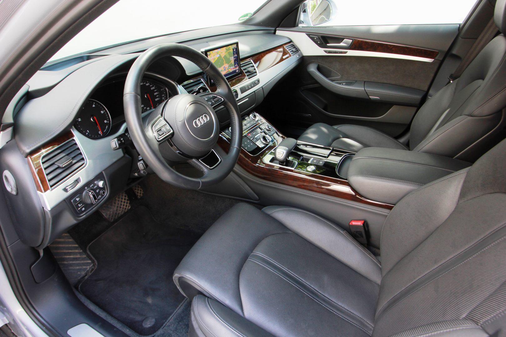 AIL Audi A8 3.0 TDI DAB Bose  2