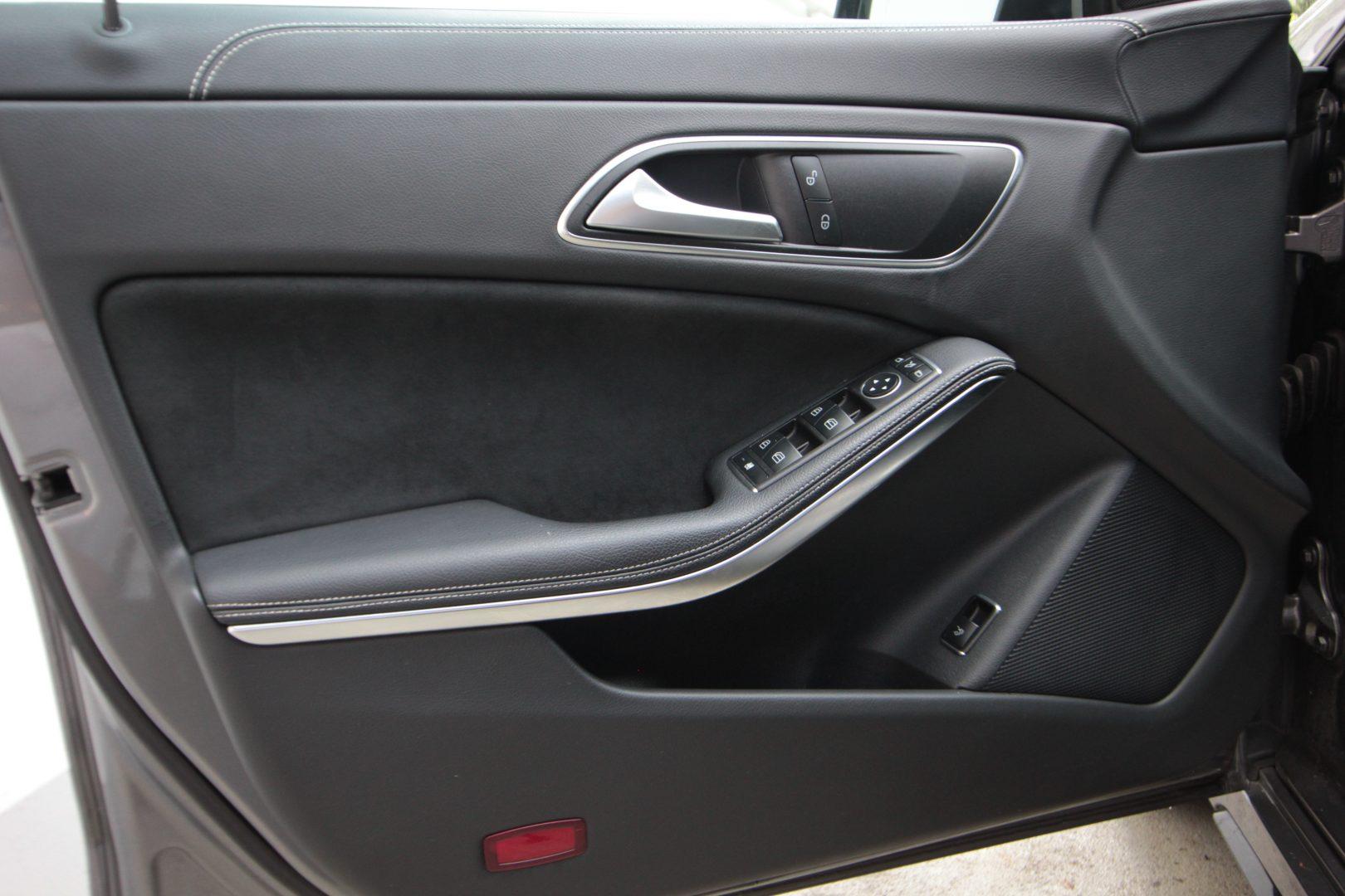 AIL Mercedes-Benz  CLA 200 d PEAK Edition 13