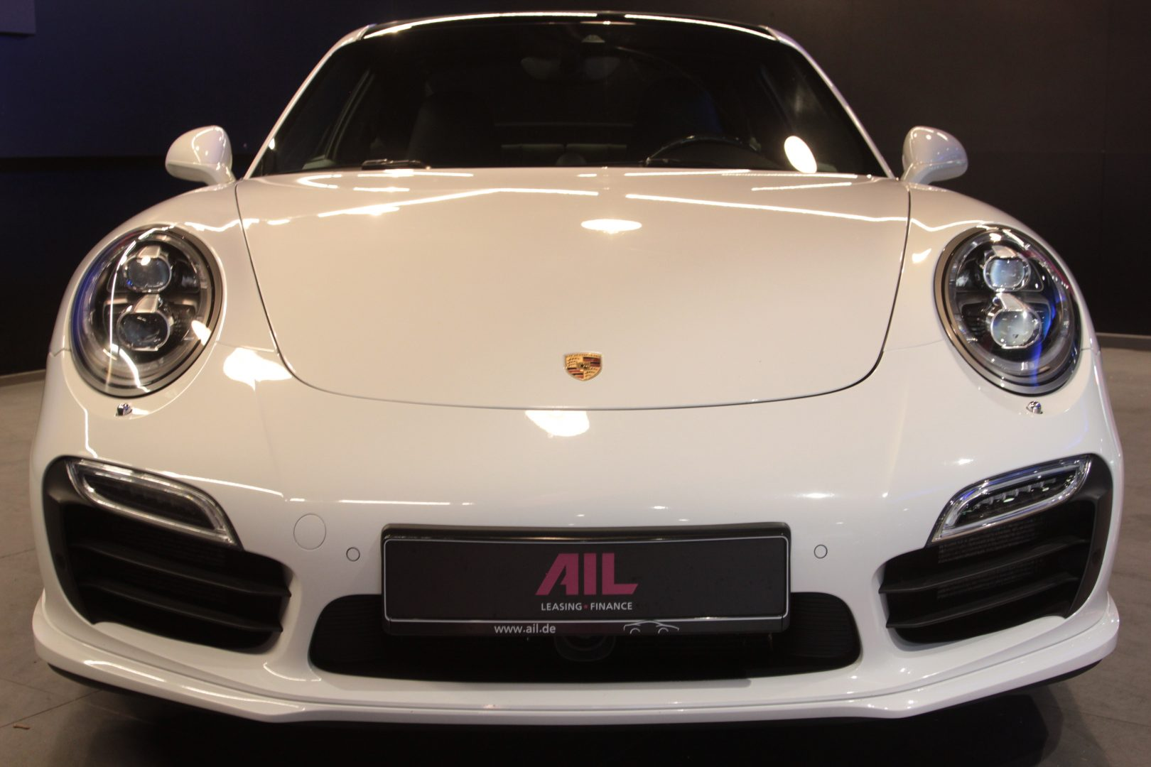 AIL Porsche 991 Turbo S 5