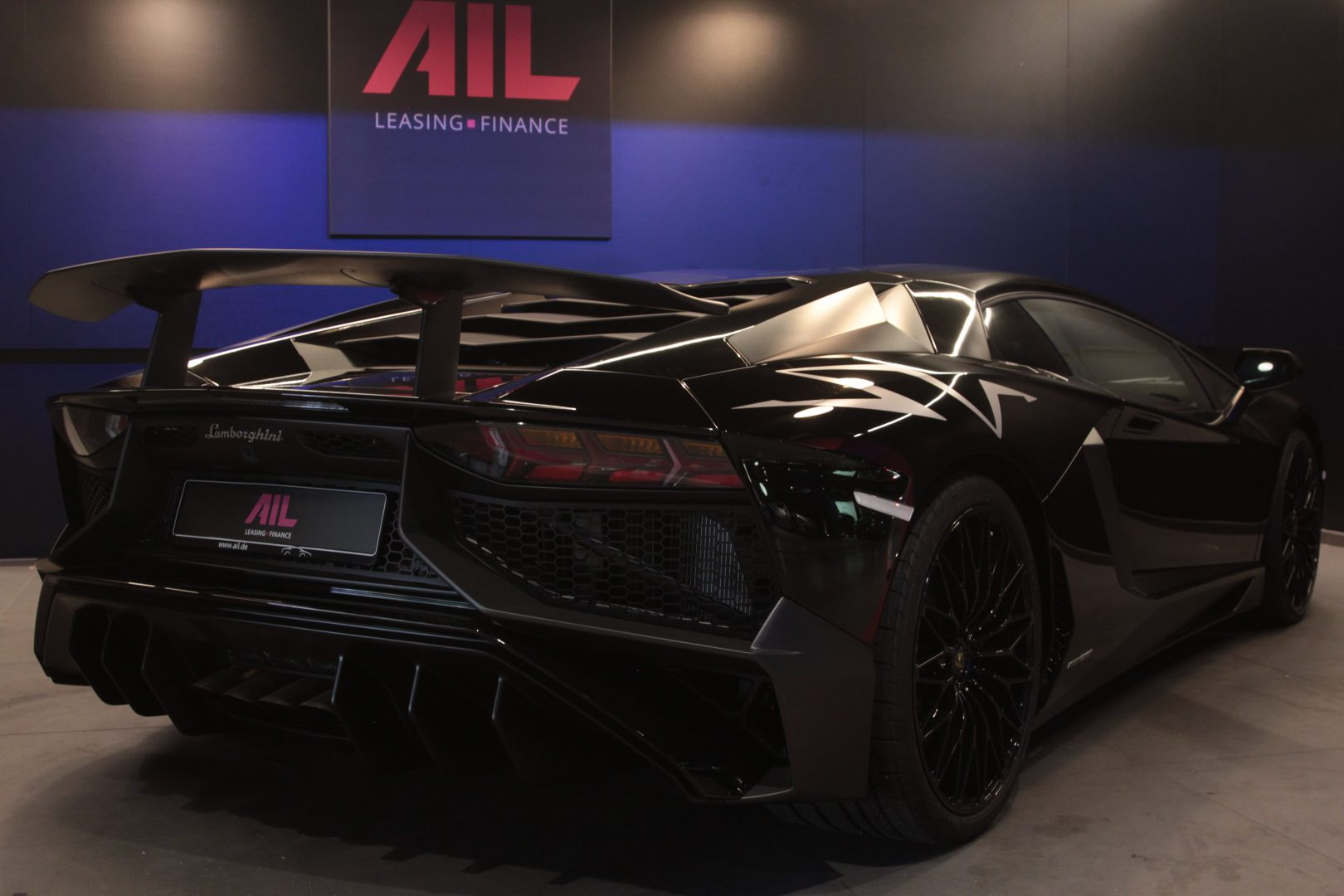 AIL Lamborghini Aventador LP750-4 SV Superveloce  5