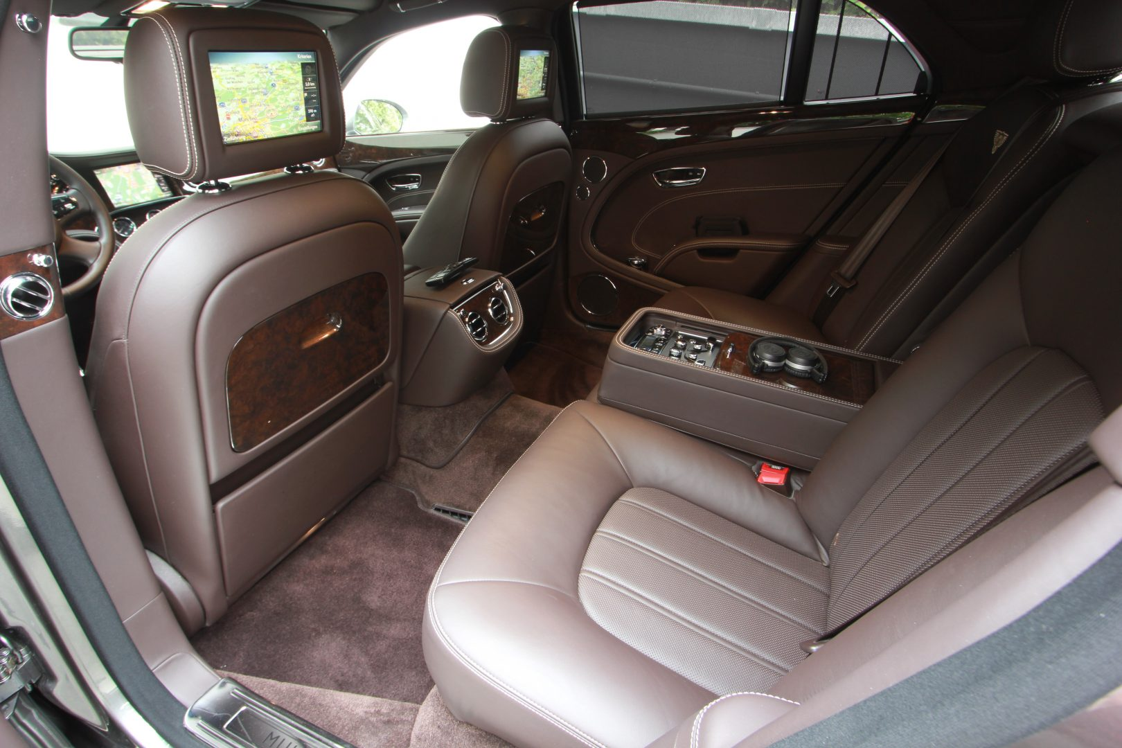 AIL Bentley Mulsanne Dark Stained BurrWalnut 5