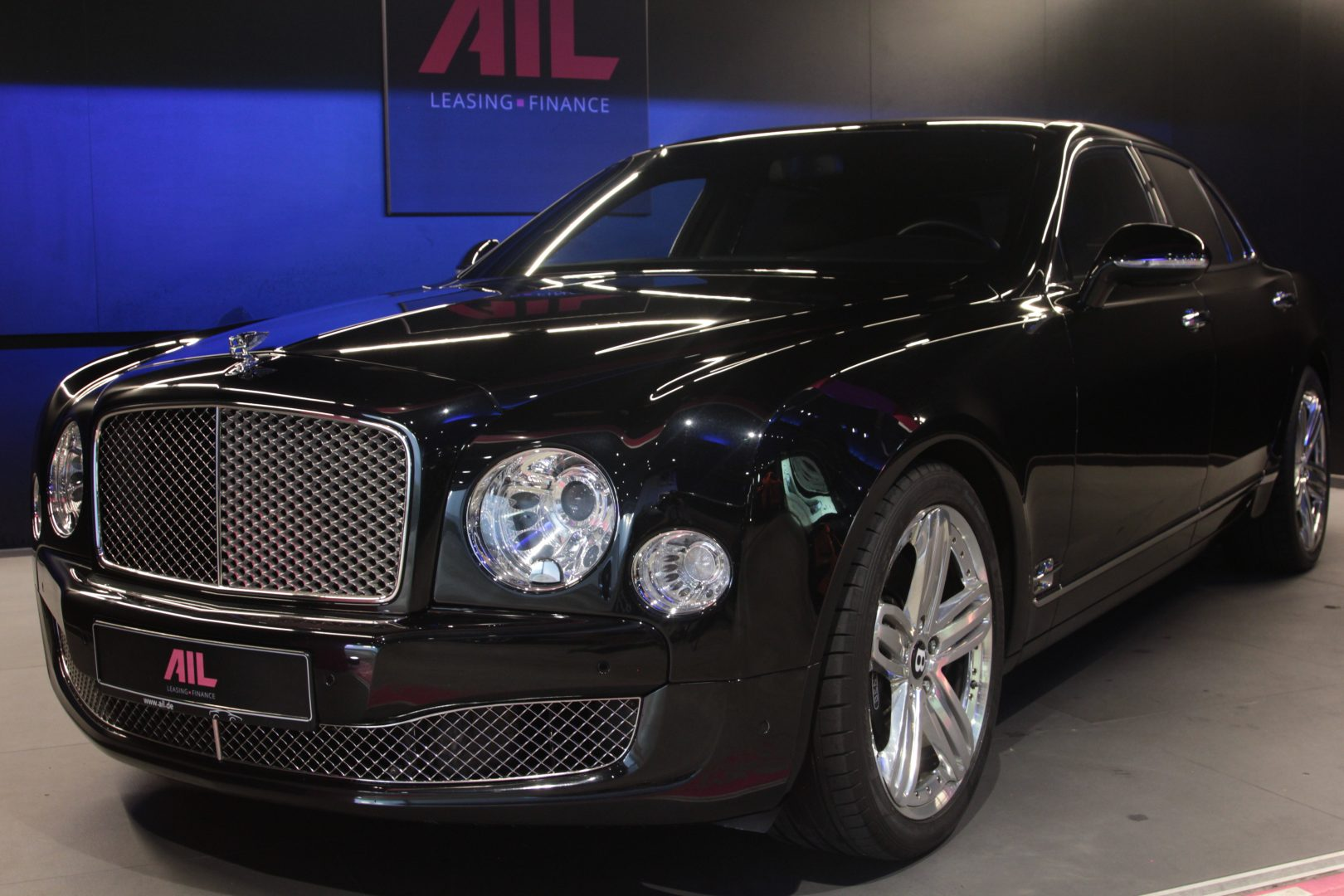 AIL Bentley Mulsanne 15