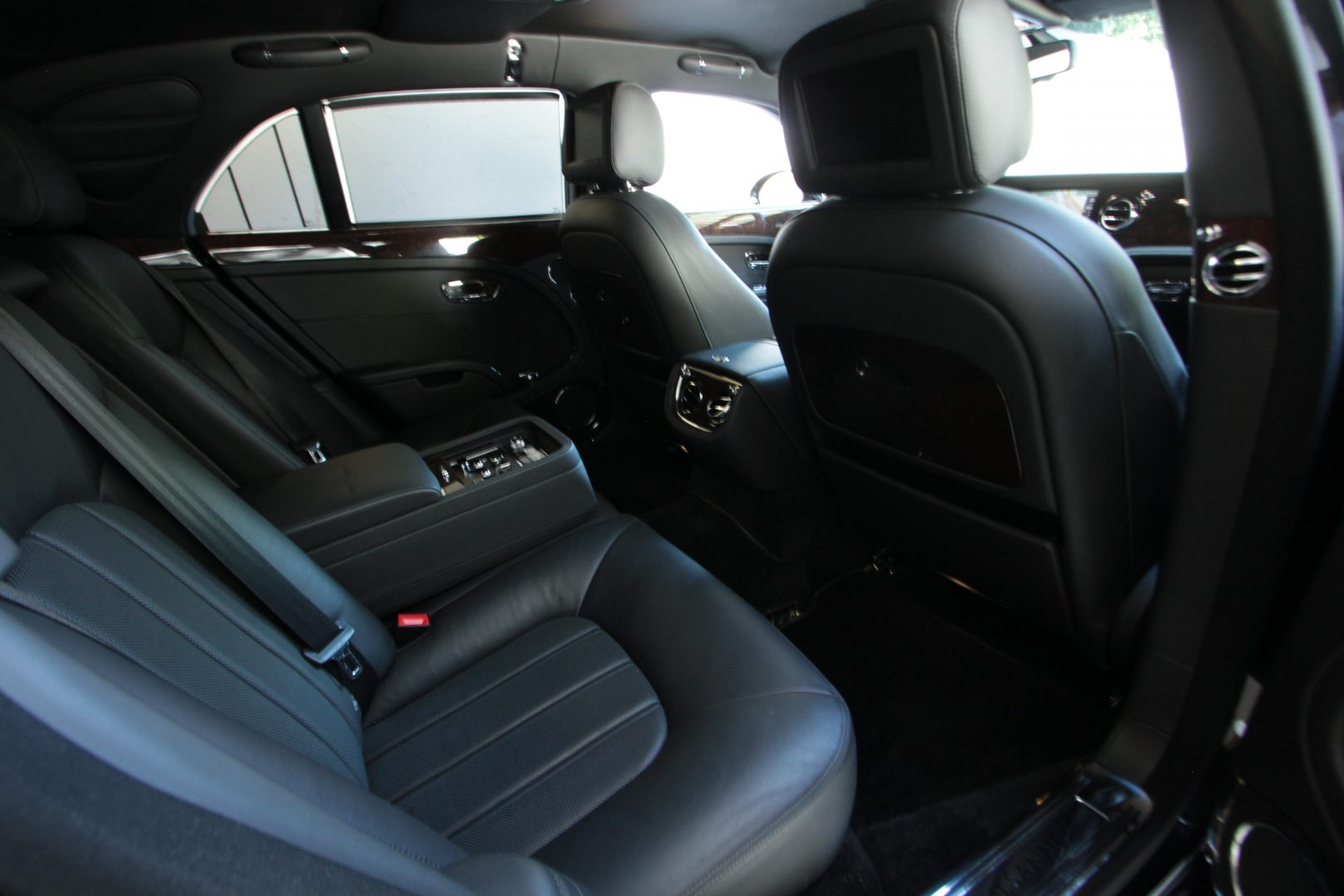 AIL Bentley Mulsanne 8