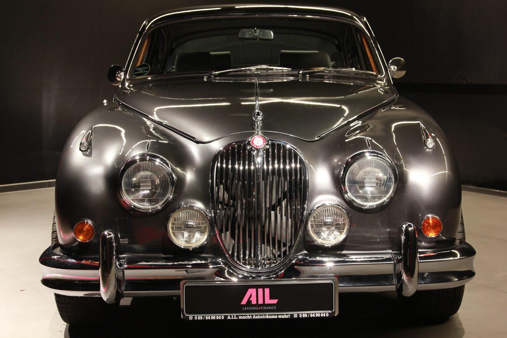 AIL Jaguar MK II 2