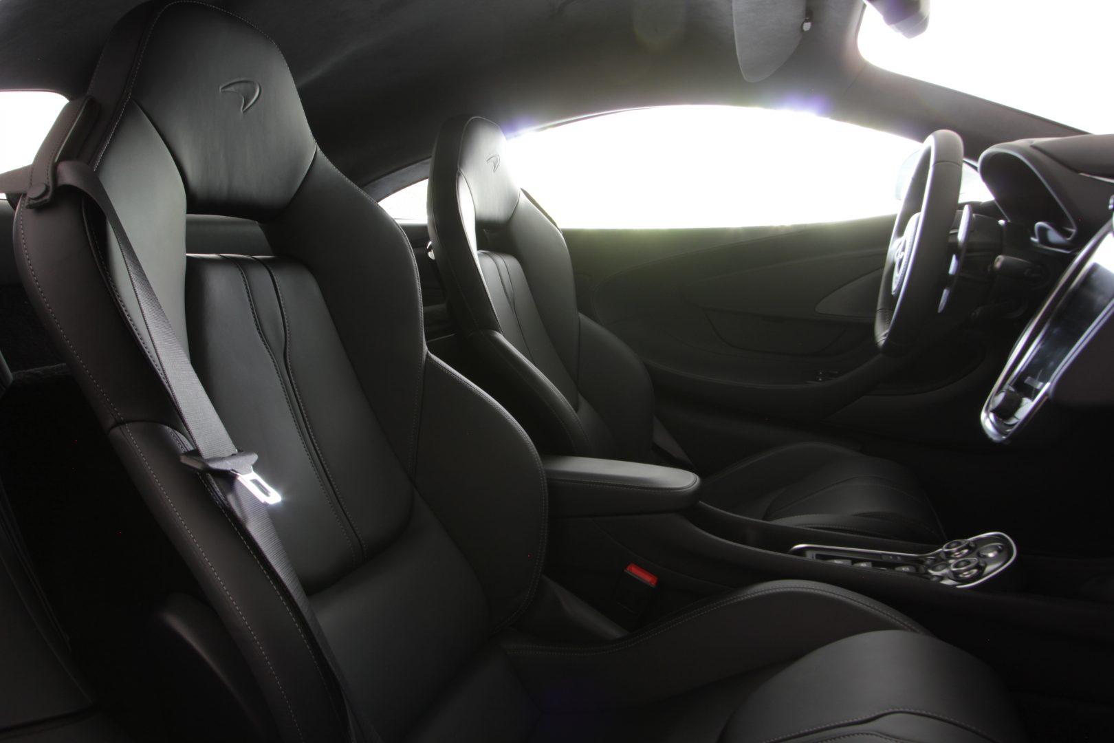 AIL McLaren 570S Carbon- Keramik LED 8