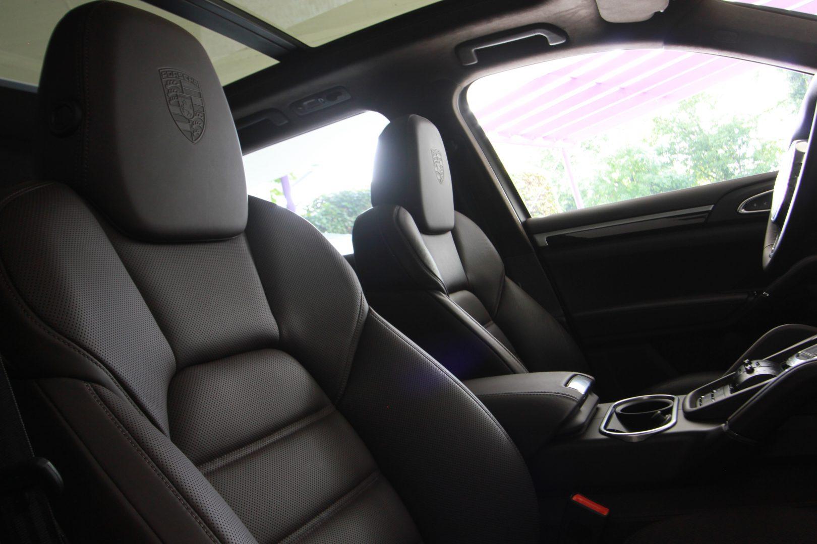 AIL Porsche Cayenne GTS Panorama Bose  4