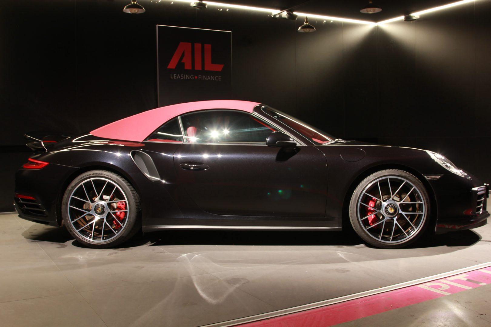 AIL Porsche 911 991 Turbo Cabrio LED Carbon Sitzbelüftung 11