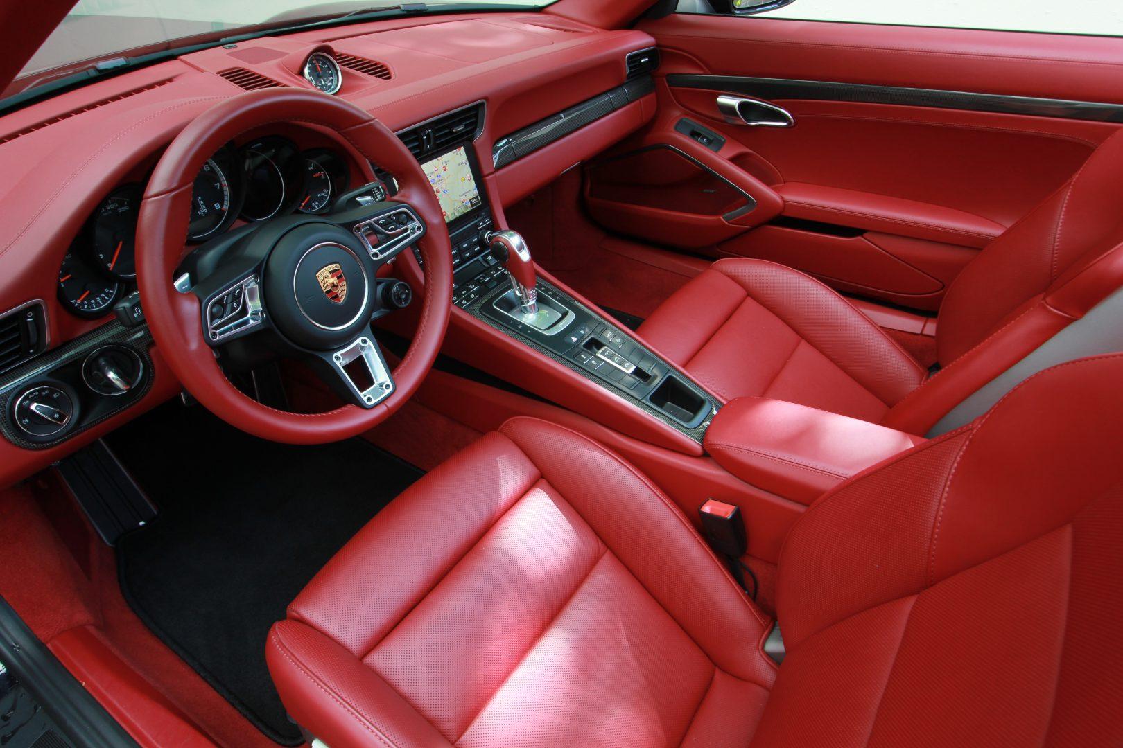 AIL Porsche 911 991 Turbo Cabrio LED Carbon Sitzbelüftung 6