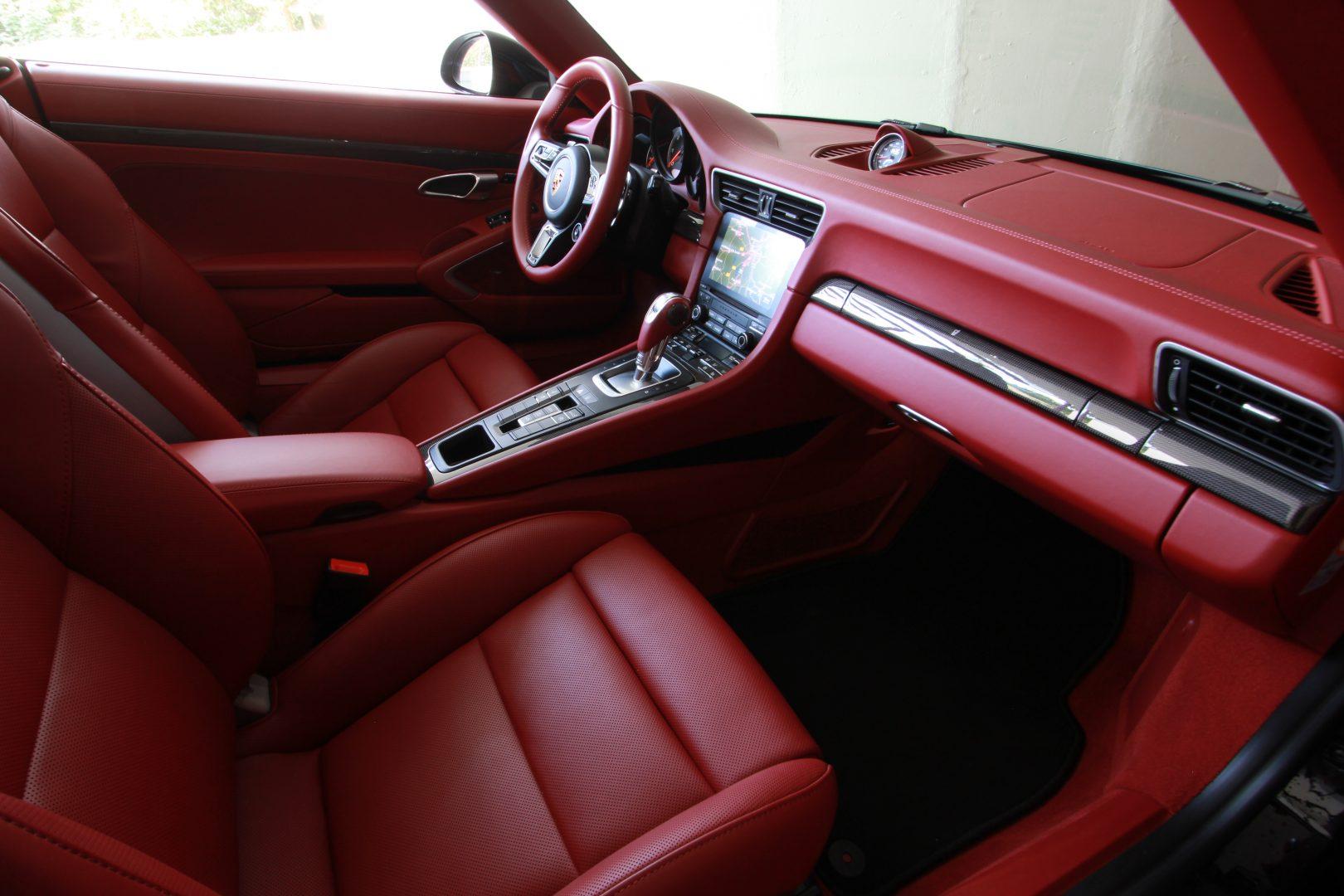 AIL Porsche 911 991 Turbo Cabrio LED Carbon Sitzbelüftung 1