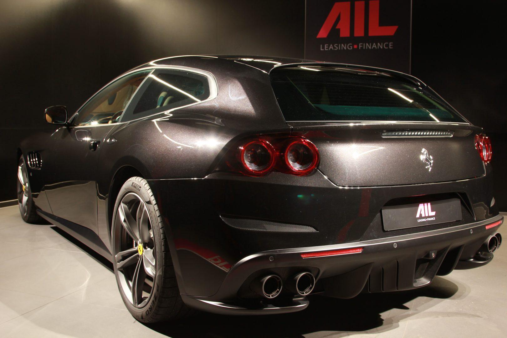 AIL Ferrari GTC4Lusso 3