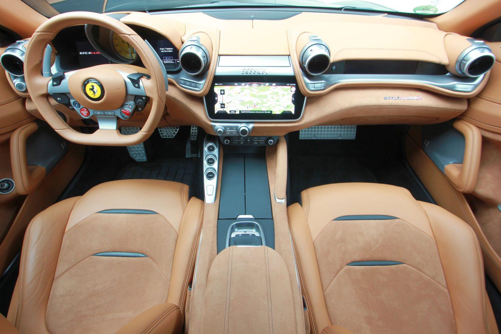 AIL Ferrari GTC4Lusso 6