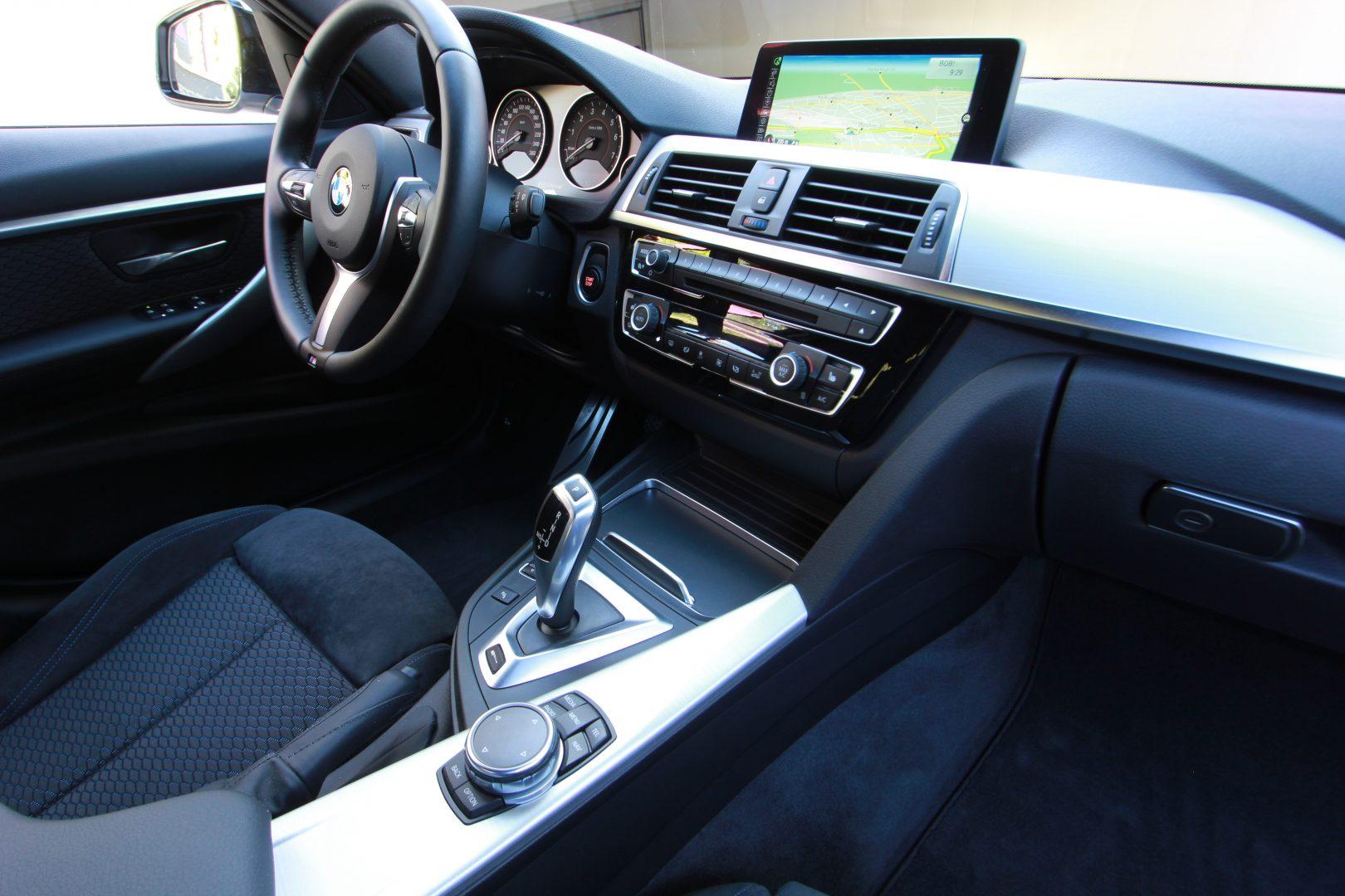 AIL BMW 330e iPerformance M Sport 4
