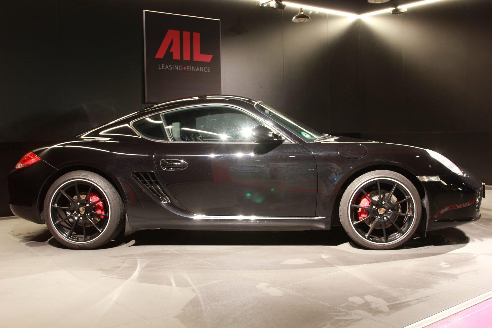 AIL Porsche Cayman S Black Edition PDK Sport Chrono 3