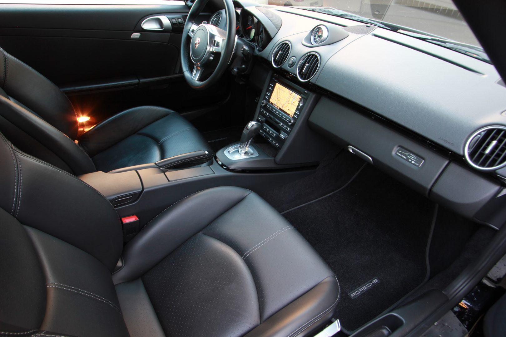 AIL Porsche Cayman S Black Edition PDK Sport Chrono 5