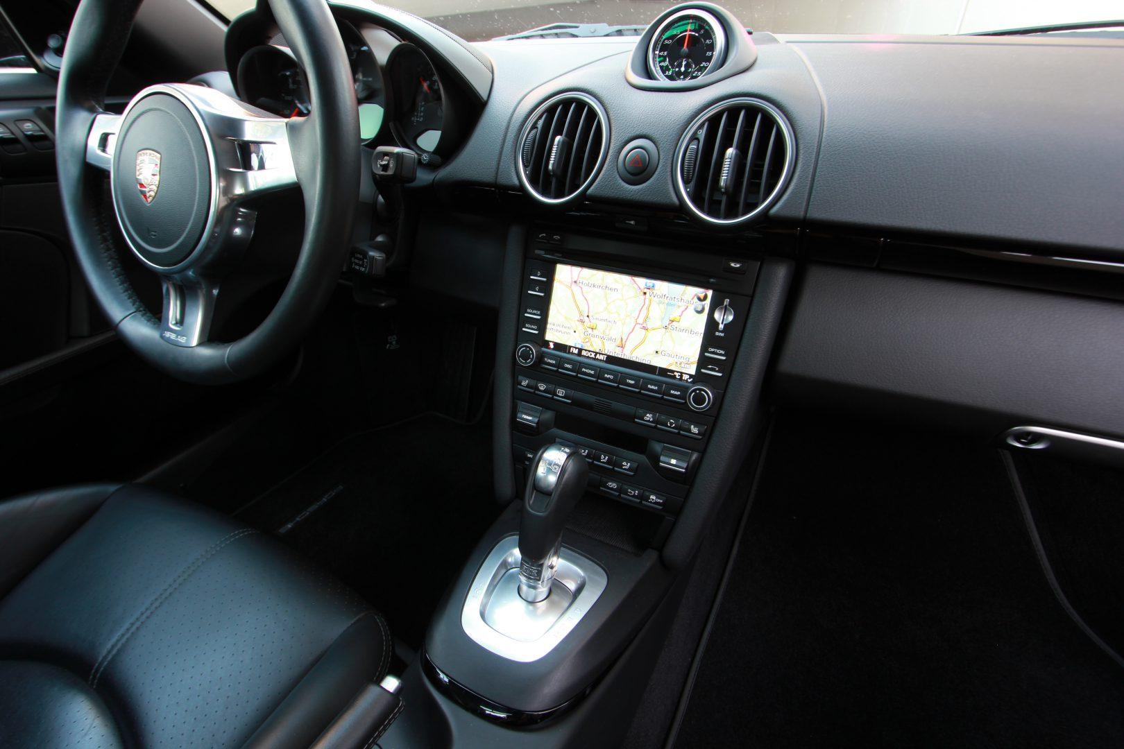 AIL Porsche Cayman S Black Edition PDK Sport Chrono 2