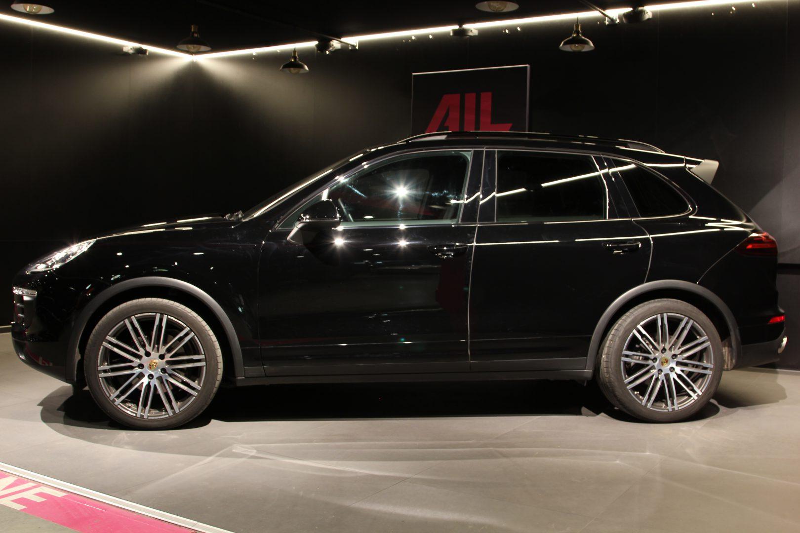 AIL Porsche Cayenne Diesel DAB+ 21 Zoll Sport Edition 3