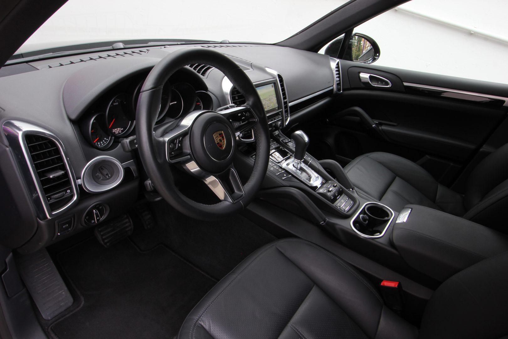 AIL Porsche Cayenne Diesel DAB+ 21 Zoll Sport Edition 4