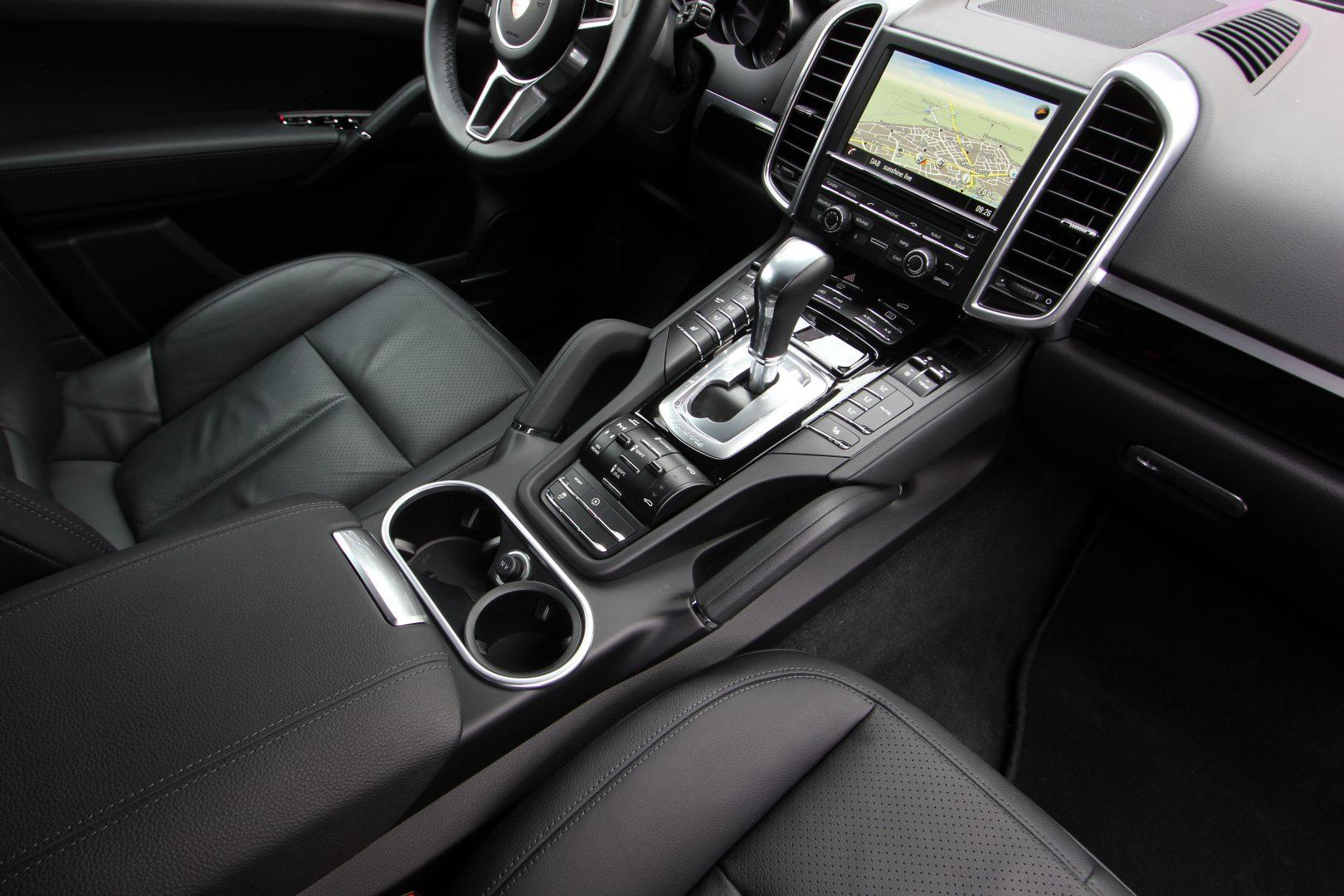 AIL Porsche Cayenne Diesel DAB+ 21 Zoll Sport Edition 10