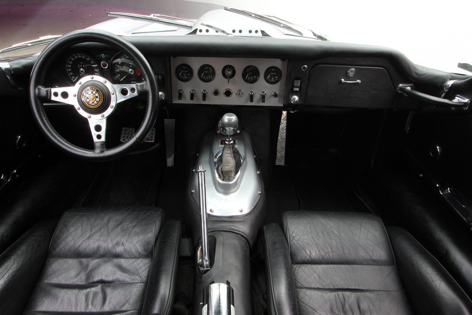 AIL Jaguar E-Type Coupé S1,5 Lightweight Recreation 1