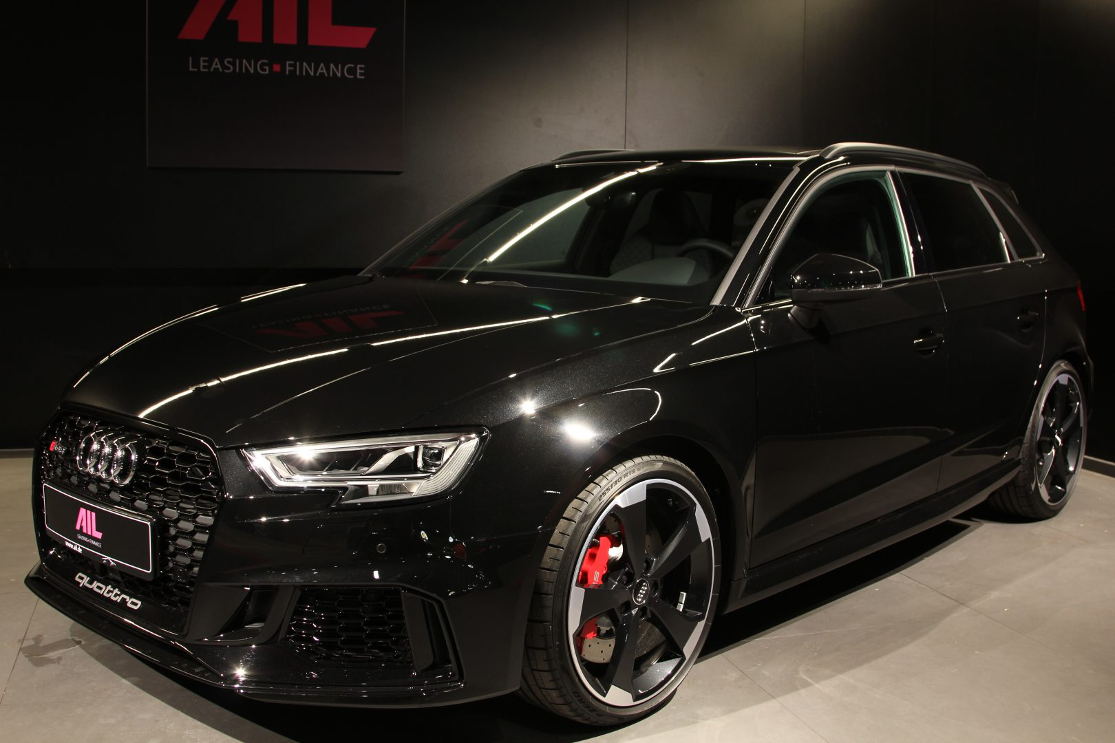 AIL Audi RS3 Sportback Matrix Panorama Virtual Cockpit 8