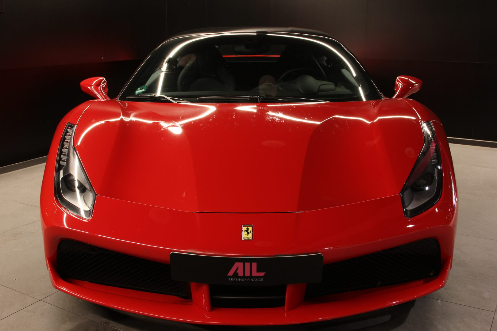 AIL Ferrari 488 GTB Rosso Corsa 5