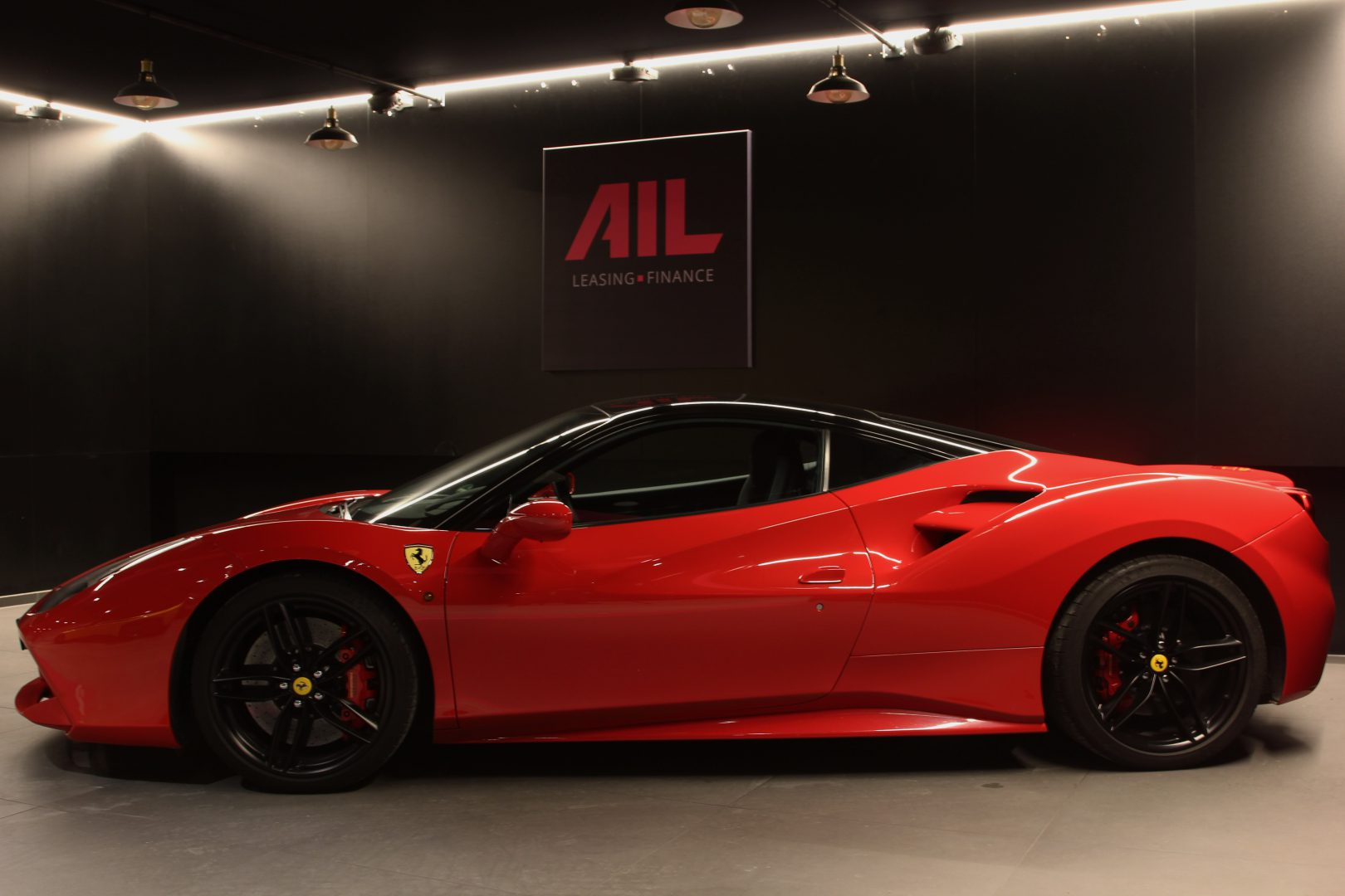 AIL Ferrari 488 GTB Rosso Corsa 10