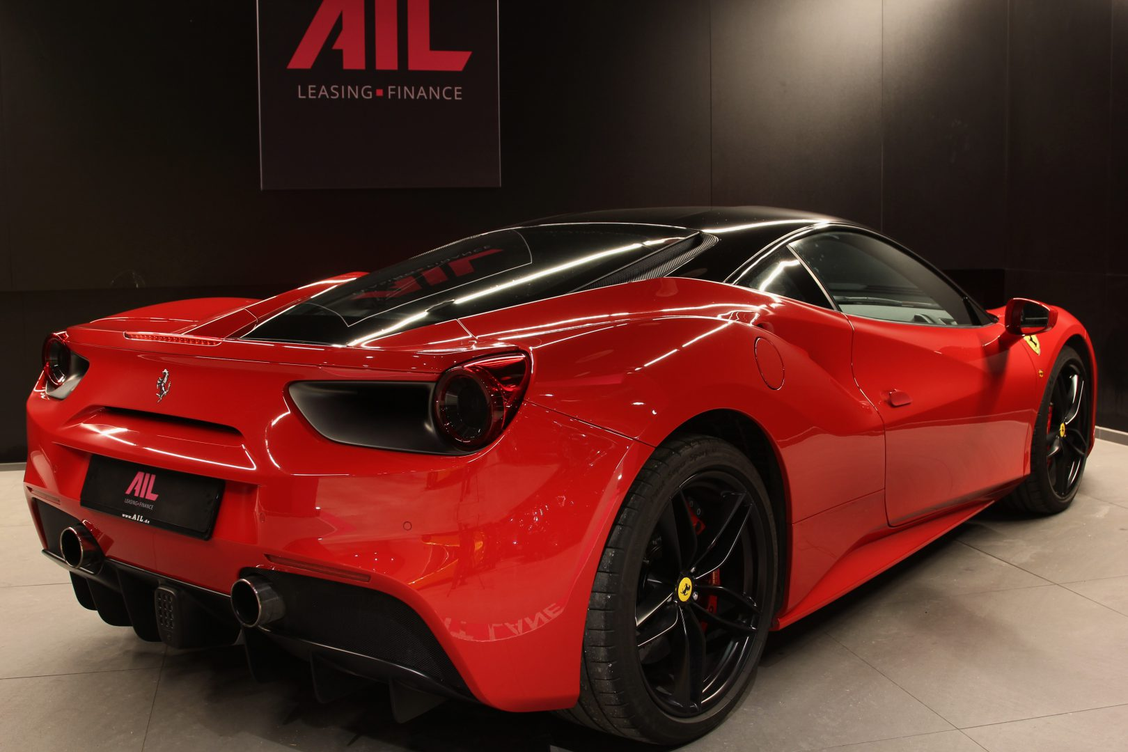 AIL Ferrari 488 GTB Rosso Corsa 1