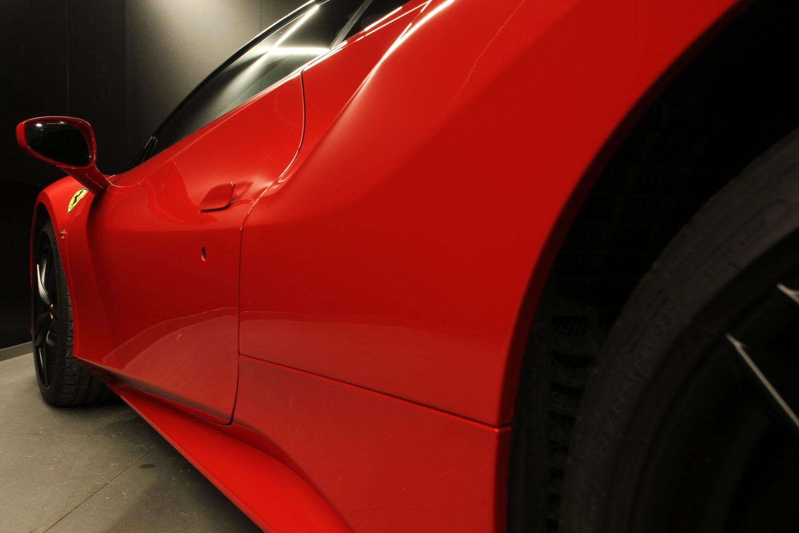AIL Ferrari 488 GTB Rosso Corsa 14