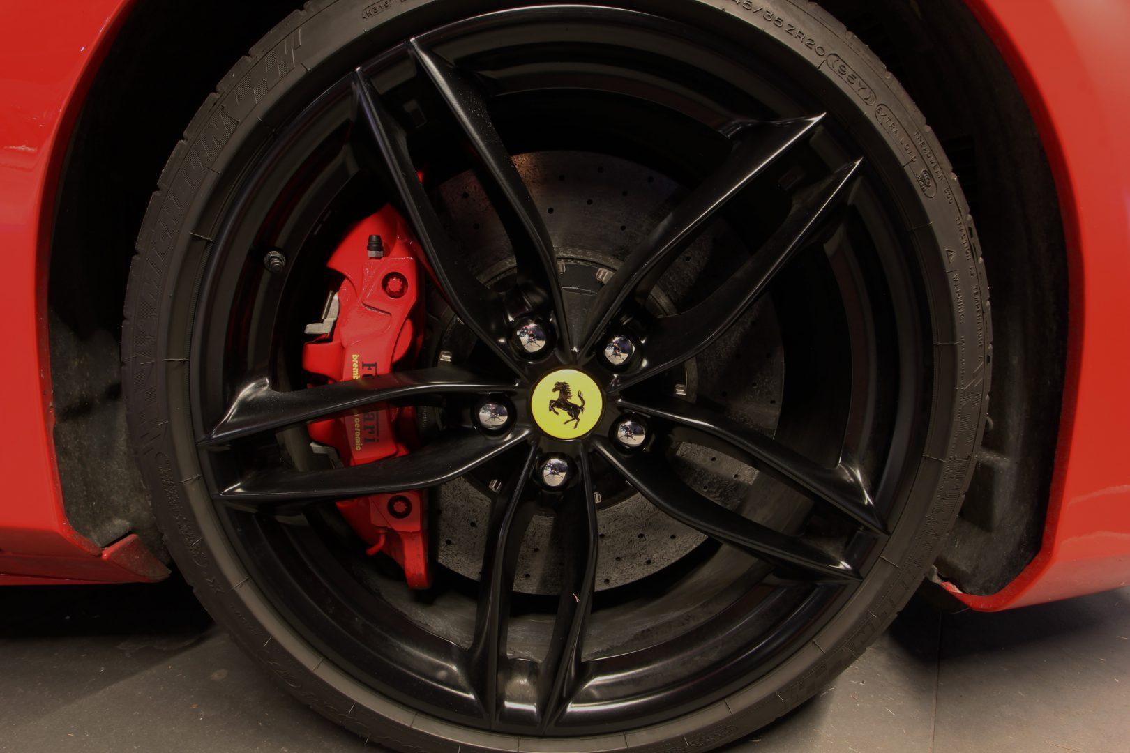 AIL Ferrari 488 GTB Rosso Corsa 11