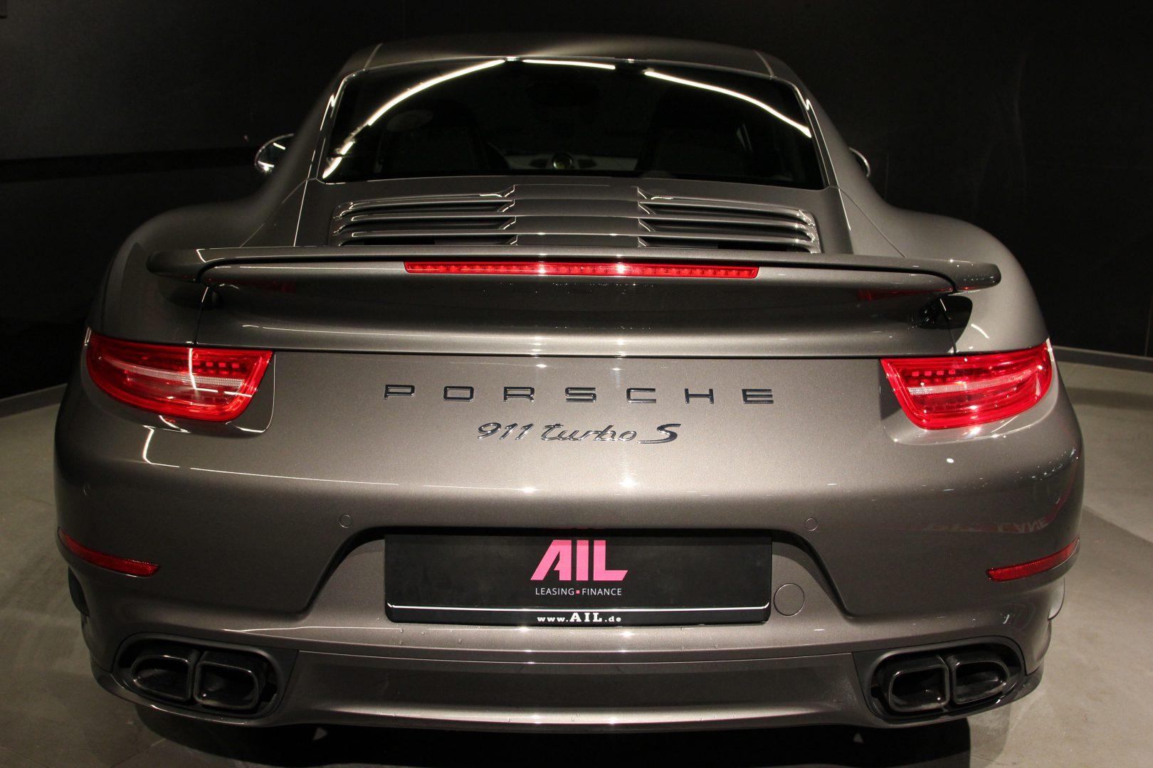 AIL Porsche 911 991 Turbo S Sport-Chrono-Paket 6