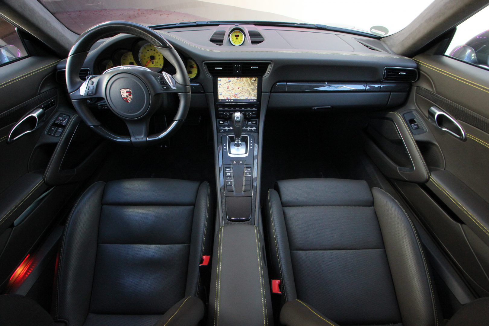 AIL Porsche 911 991 Turbo S Sport-Chrono-Paket 2