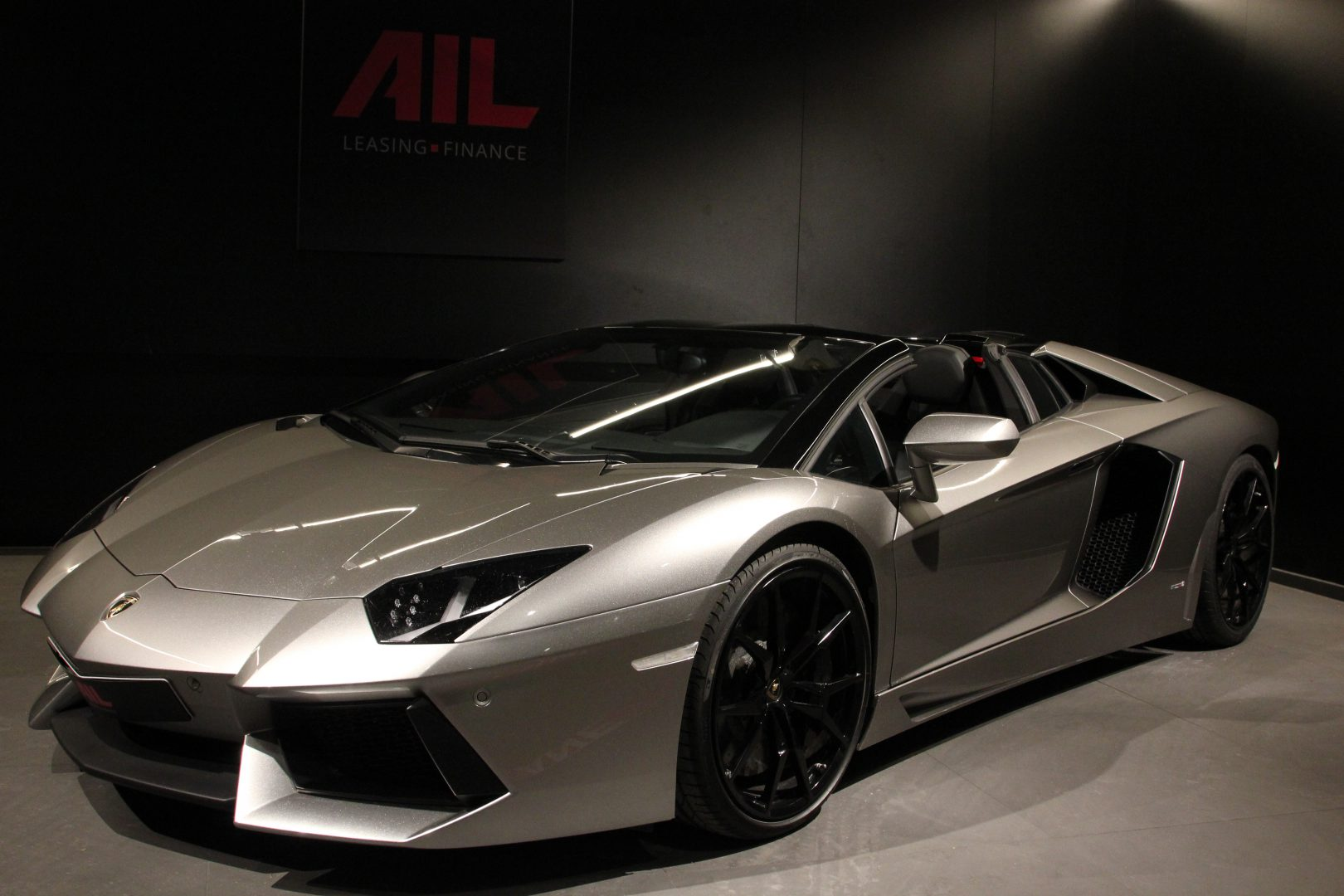 AIL Lamborghini Aventador LP700-4 Roadster LIFT  Dione Forged 15