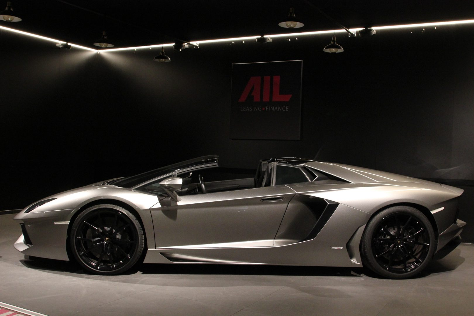 AIL Lamborghini Aventador LP700-4 Roadster LIFT  Dione Forged 4