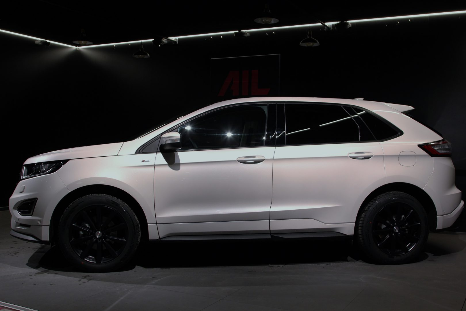 AIL Ford Edge ST-Line 4x4 LED Panorama 4