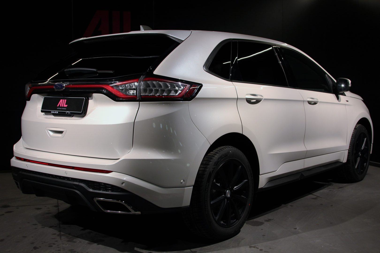AIL Ford Edge ST-Line 4x4 LED Panorama 2