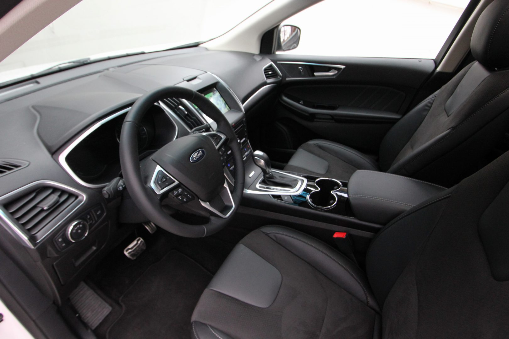 AIL Ford Edge ST-Line 4x4 LED Panorama 3