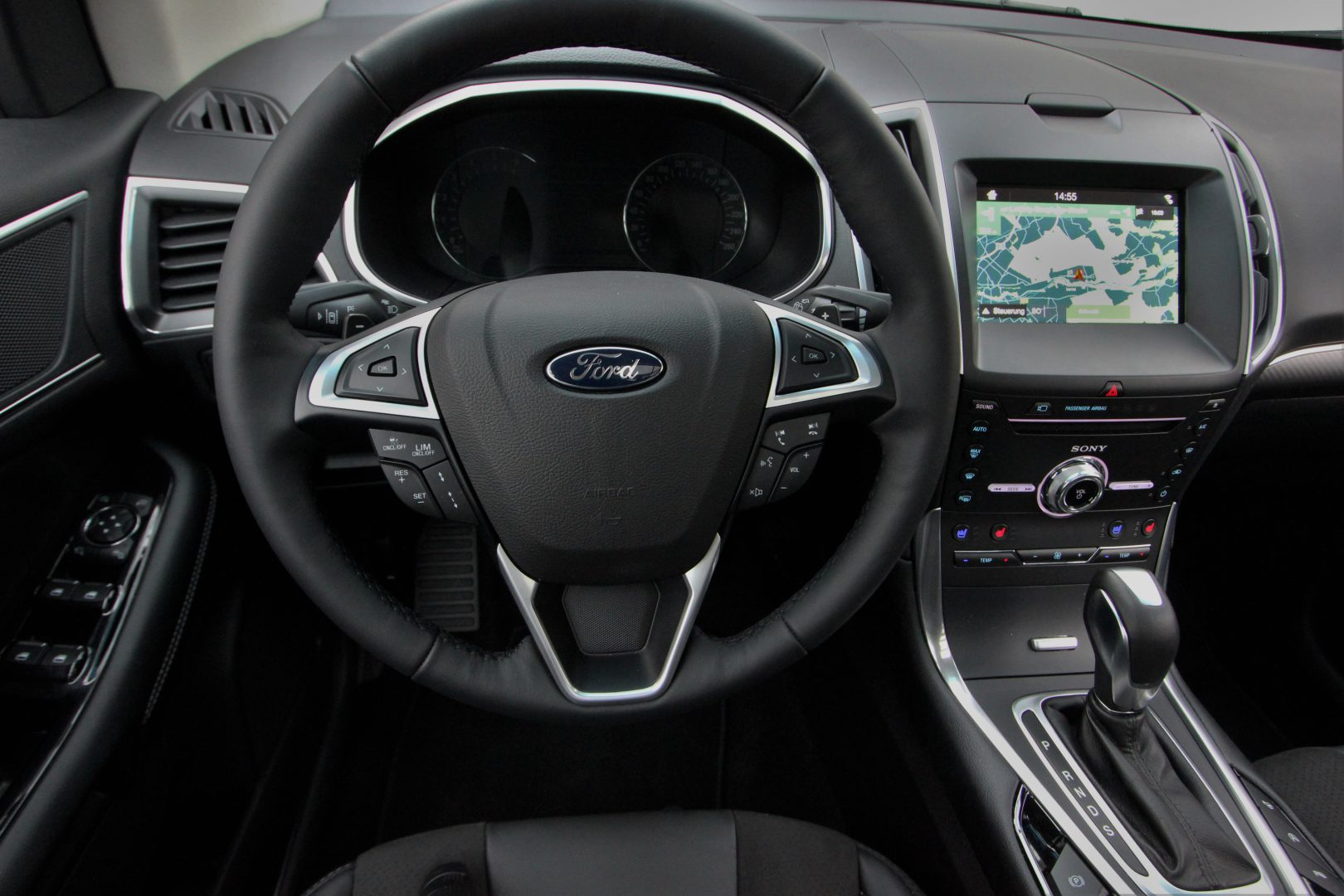 AIL Ford Edge ST-Line 4x4 LED Panorama 9